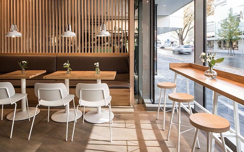 Thiết kế quán cà phê kết hợp chất liệu gỗ