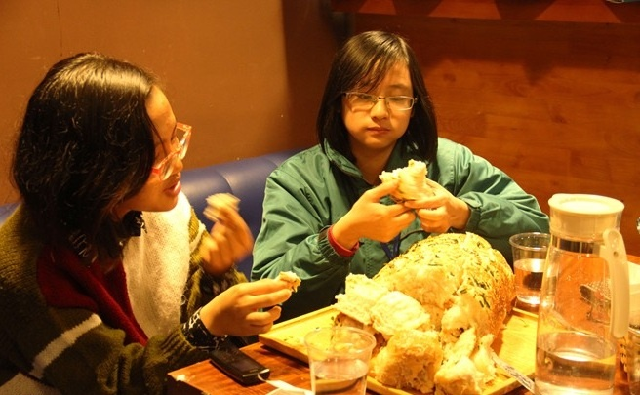 nhung-chieu-keo-khach-bang-khuyen-mai-doc-dao-khong-dung-hang-o-viet-nam-1.jpg