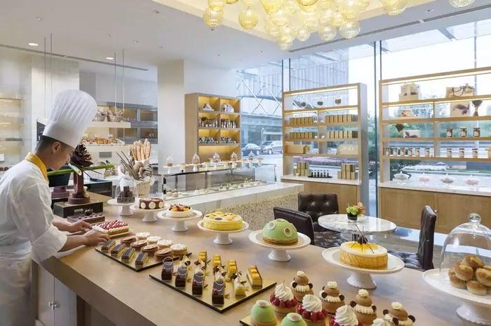 Cách trưng bày bánh ngọt