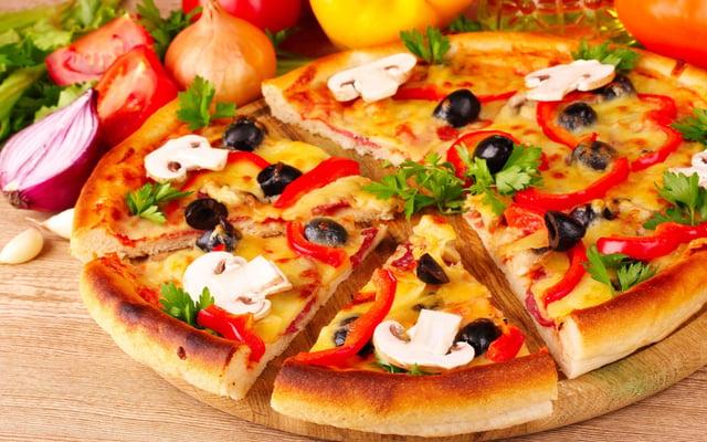 dominos-pizza-nhuong-quyen-thuong-hieu.jpg