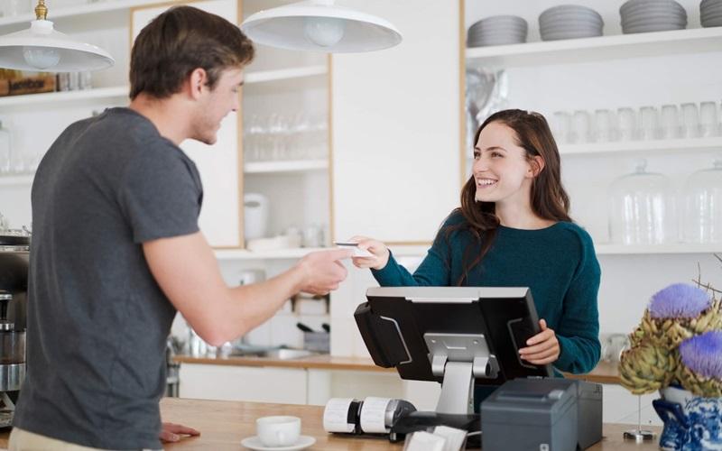 Ưu tiên dịch vụ lắp đặt và hướng dẫn sử dụng sản phẩm