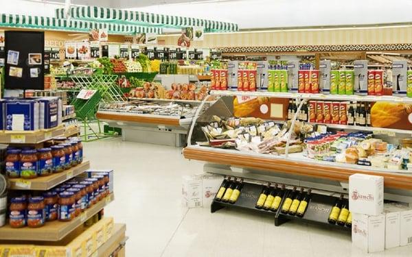 Nhu yếu phẩm tại siêu thị