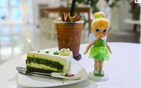 doll cake & tea