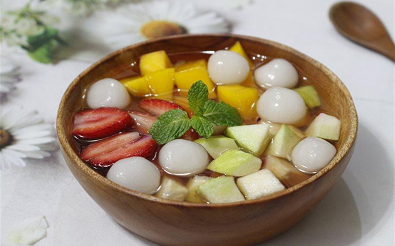 Thưởng thức chè trái cây thơm ngon, bổ dưỡng